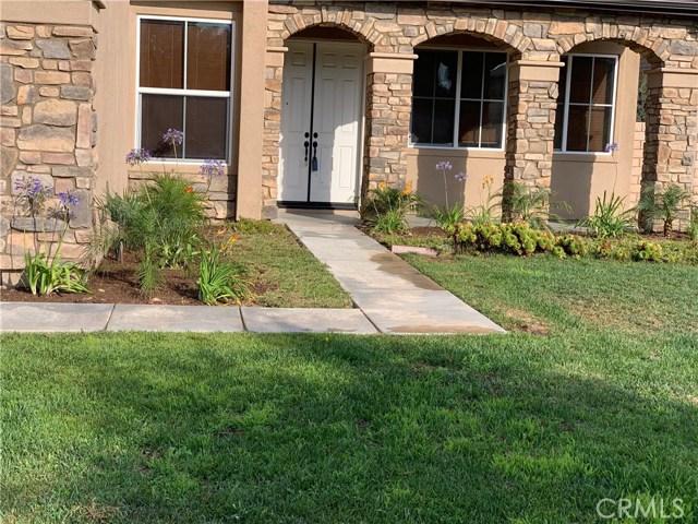 2923 GILBERT Avenue, Corona CA: http://media.crmls.org/medias/c37a6fc6-e504-4239-b6e9-340d4d0e4759.jpg
