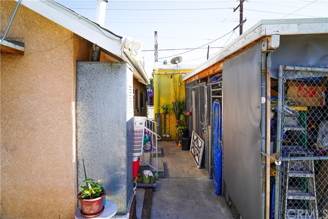 3837 E 1st St, Los Angeles, CA 90063 Photo 18