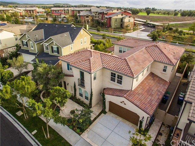 Single Family Home for Sale at 180 Fieldwood Irvine, California 92618 United States