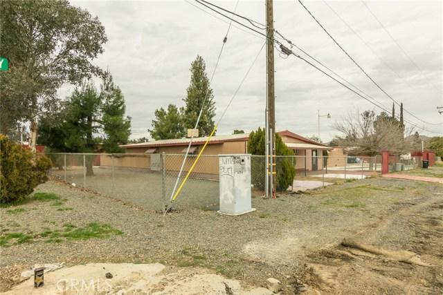 20726 Grand Avenue, Wildomar CA: http://media.crmls.org/medias/c388ccc5-0e62-420c-a85a-cf558d16f8ab.jpg