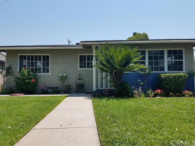 216 N Alameda Avenue, Azusa, CA 91702