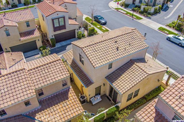 11510 Cararra Lane, Porter Ranch CA: http://media.crmls.org/medias/c38eab40-ca4e-4660-91bf-fb1ffcd2cb05.jpg