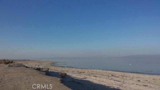 1 SALTON SEA, Salton City CA: http://media.crmls.org/medias/c3a2c596-791c-4c88-a586-0960f8c95964.jpg