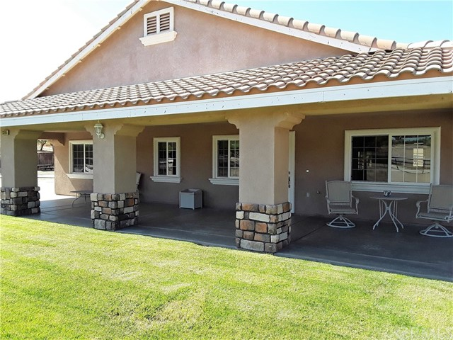 33865 Dutton Lane, Nuevo/Lakeview CA: http://media.crmls.org/medias/c3a7c59e-55cd-48b6-a8cb-95b561456887.jpg