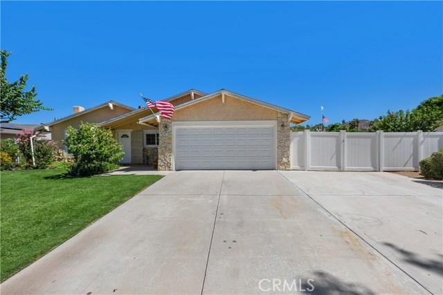 6445 Foster Drive, Riverside CA: http://media.crmls.org/medias/c3aa11a2-fca7-4456-a602-2480bb19a728.jpg