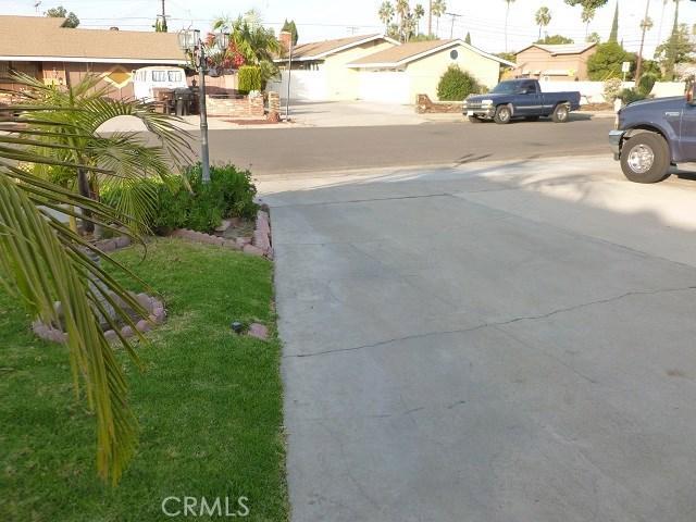 2608 W Chanticleer Rd, Anaheim, CA 92804 Photo 2