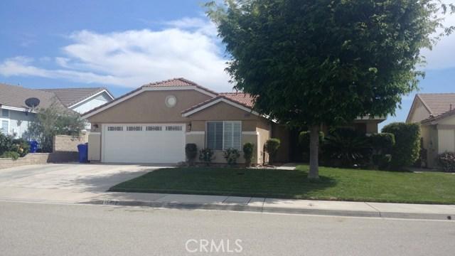 15409 Caroline Street, Fontana CA: http://media.crmls.org/medias/c3b5f47b-3a71-40f9-816b-43f15141e95a.jpg