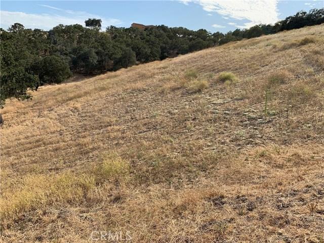 1855 Hanging Tree Lane, Templeton CA: http://media.crmls.org/medias/c3ba4c77-065a-409d-89bf-d63846087962.jpg