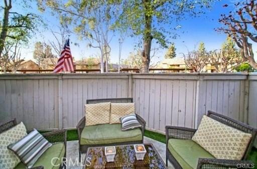 417 Tangelo, Irvine CA: http://media.crmls.org/medias/c3ba8486-fec6-475c-ab0f-4d4ccb012a0e.jpg