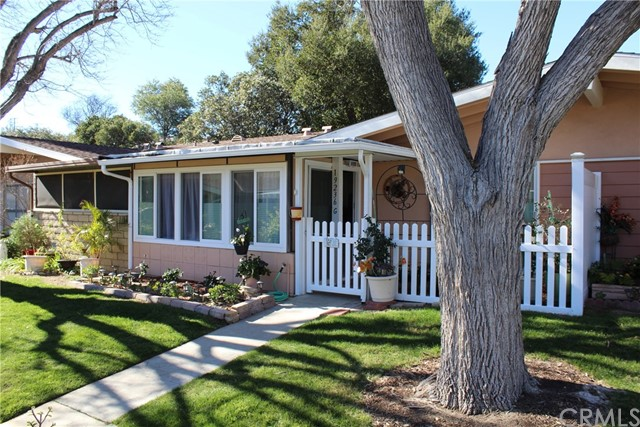 19236 Avenue Of The Oaks Unit G Newhall, CA 91321 - MLS #: BB18027923