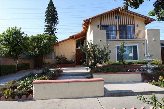 Casa Unifamiliar por un Venta en 12215 Yearling Place Cerritos, California 90703 Estados Unidos