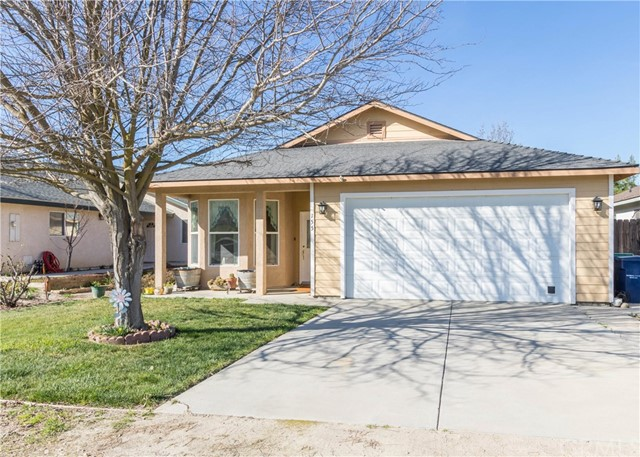 Property for sale at 155 S 8th Street, Shandon,  California 93461