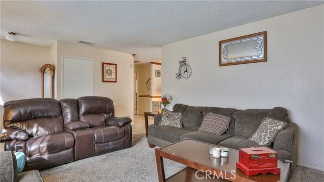 1322 Lanfair Street, Redlands CA: http://media.crmls.org/medias/c3de35d9-47d9-46b9-ba42-90bdb8b9901f.jpg