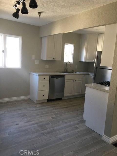 7561 Center Avenue Unit 18 Huntington Beach, CA 92647 - MLS #: PW18265628