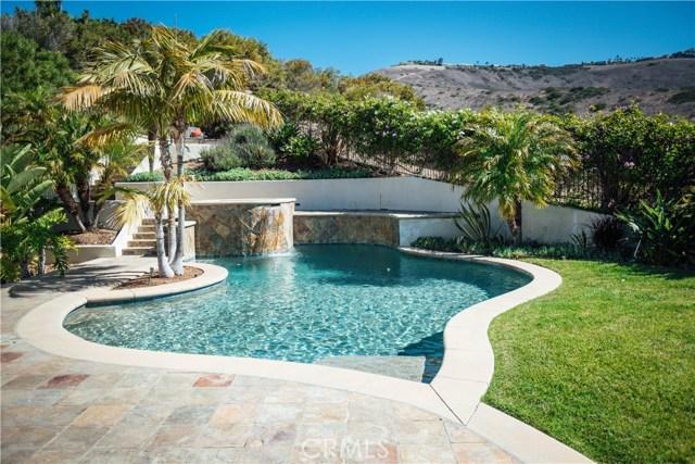 3 Nuvola Court, Rancho Palos Verdes CA: http://media.crmls.org/medias/c40bce33-a9b3-4685-81f4-0b4ed55f38e1.jpg