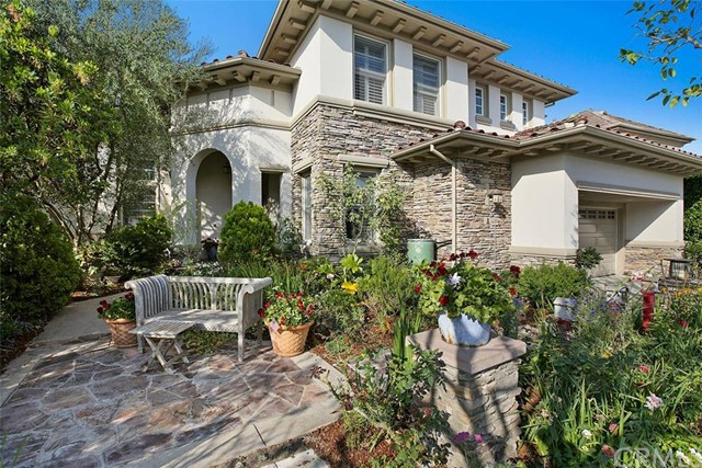 Single Family Home for Sale at 8 Jupiter Hills Drive Newport Beach, California 92660 United States
