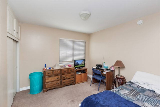 1477 Hilltop Lane, Norco CA: http://media.crmls.org/medias/c429d963-5bb1-4820-a870-be20959539ef.jpg