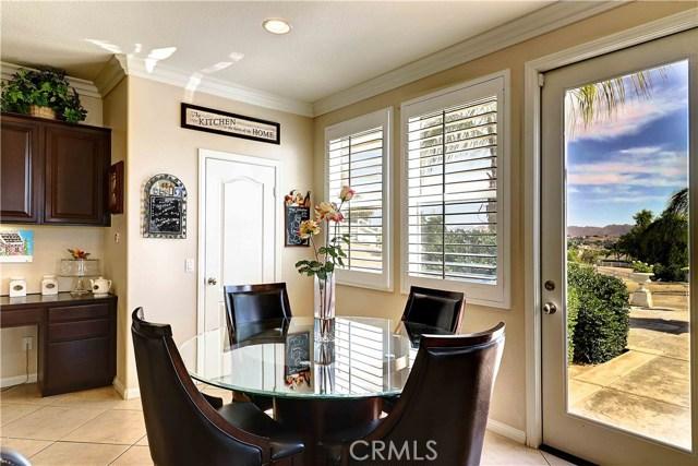 17197 Birch Hill Road, Riverside CA: http://media.crmls.org/medias/c4384af0-5175-4f92-bda8-b041972758c5.jpg
