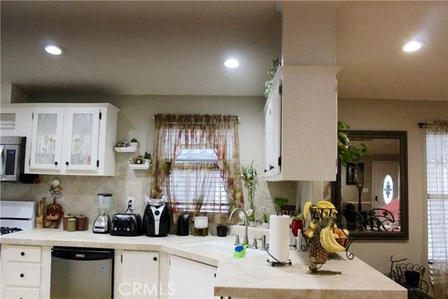 200 N Grand Av, Anaheim, CA 92801 Photo 11