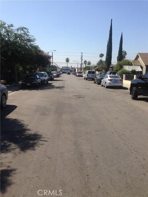 720 School Avenue, East Los Angeles CA: http://media.crmls.org/medias/c4549872-3d84-4c1a-bd2a-fa0c72fee34a.jpg