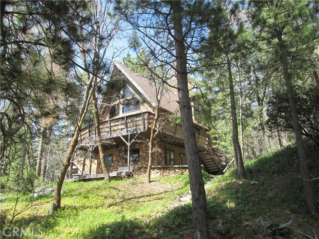 Single Family Home for Sale at 6321 Cedar Avenue Angelus Oaks, California 92305 United States