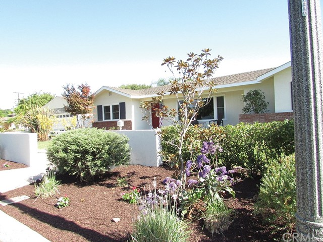 Single Family Home for Sale at 1414 Wedgewood Drive W Anaheim, California 92801 United States