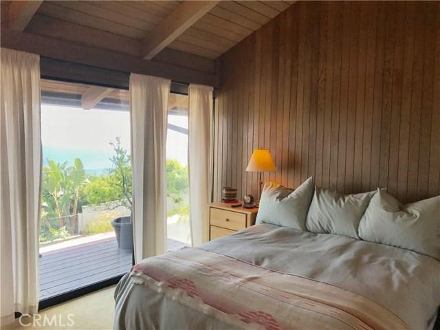 19 N Vista De La Luna, Laguna Beach CA: http://media.crmls.org/medias/c47e2e87-9ef2-4474-8031-b8bd439d08b4.jpg
