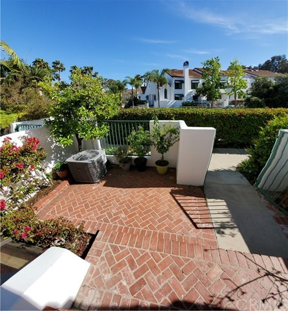 19521  Pompano Lane,Huntington Beach  CA