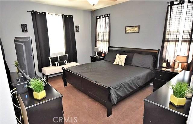 1094 Reward Street, San Jacinto CA: http://media.crmls.org/medias/c4a17742-e213-4d63-b32a-86e60e342fd5.jpg
