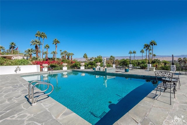 Additional photo for property listing at 1090  Cielo Drive 1090  Cielo Drive Palm Springs, California 92262 United States