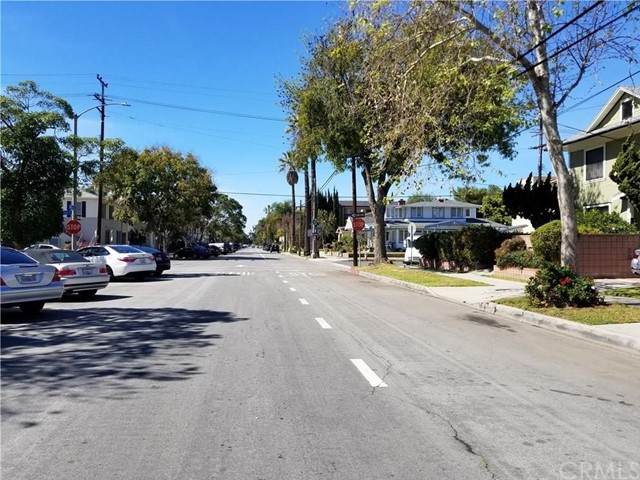 1720 E 2nd Street, Long Beach CA: http://media.crmls.org/medias/c4a20116-724f-4e84-b67d-ac8d91d5c76b.jpg
