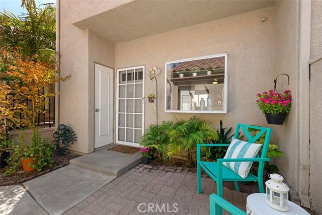 27942 Windsor, Mission Viejo CA: http://media.crmls.org/medias/c4b809d2-86c0-4f37-8aa5-d471b8bad130.jpg
