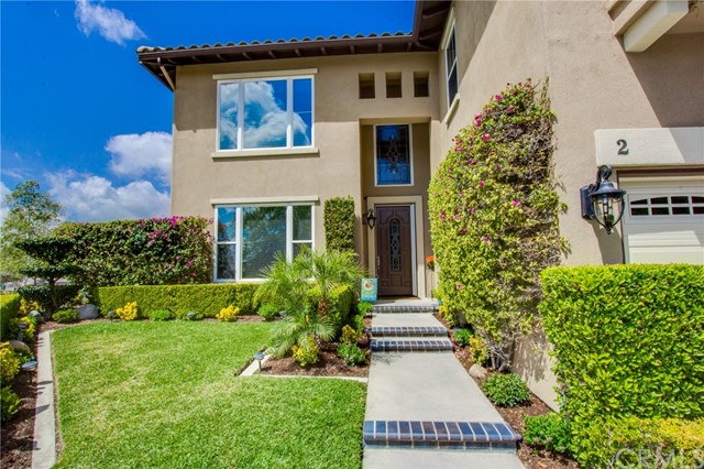 2 Golf Ridge Dr, Rancho Santa Margarita, CA 92679