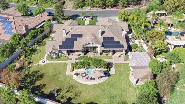 Single Family Home for Sale at 6810 Sycamore Glen Drive Orange, California 92869 United States