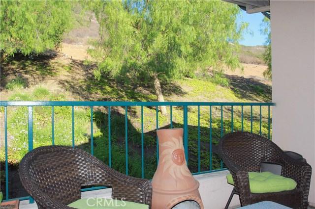 18543 Caminito Pasadero, Rancho Bernardo (San Diego) CA: http://media.crmls.org/medias/c4de78c1-75eb-4017-977e-ac40f3f83dcb.jpg