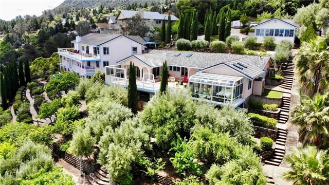 8242 N Heights Drive, Kelseyville CA: http://media.crmls.org/medias/c4e433f4-938d-4221-9106-a4ff0bcb5647.jpg