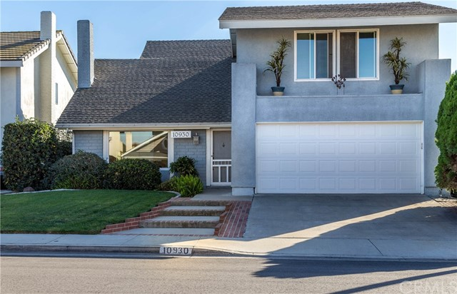 Single Family Home for Sale at 10930 San Leon Avenue Fountain Valley, California 92708 United States