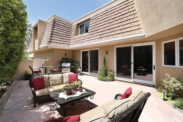 6 Rue Chantilly Newport Beach, CA 92660 - MLS #: NP17175581