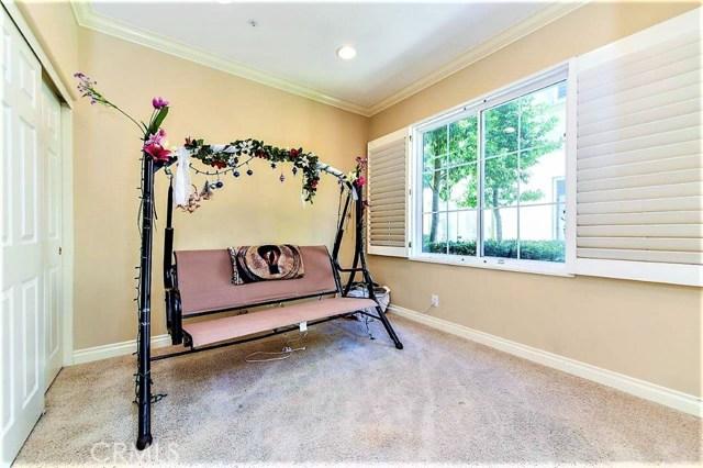 443 Ridgeway, Irvine CA: http://media.crmls.org/medias/c50b5046-7e93-4832-afe8-00fea74c776c.jpg