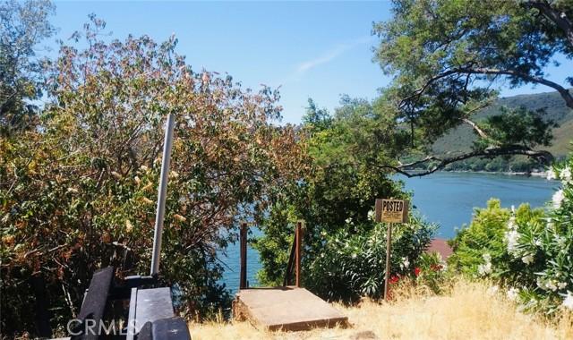 9320 Bass Road, Kelseyville CA: http://media.crmls.org/medias/c53339fd-dd4b-468f-bc1d-cb06d903da4b.jpg