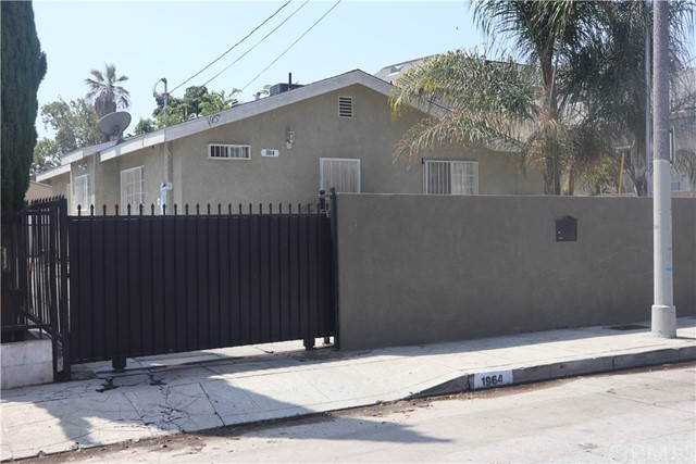 1964 E 110th Street, Los Angeles CA: http://media.crmls.org/medias/c541043a-3620-4c2a-9a49-45f82019bb0a.jpg
