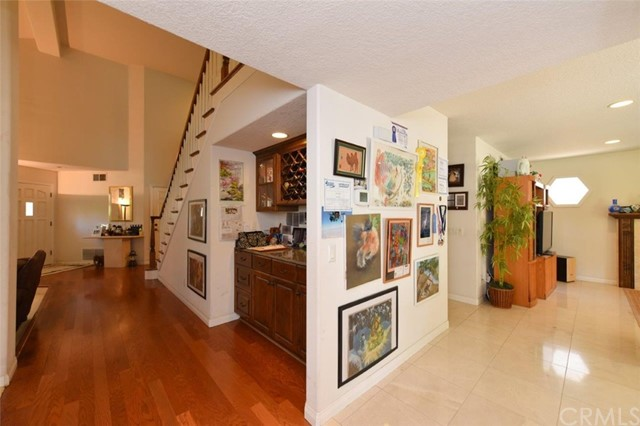 7 Mclean , CA 92620 is listed for sale as MLS Listing OC18099471