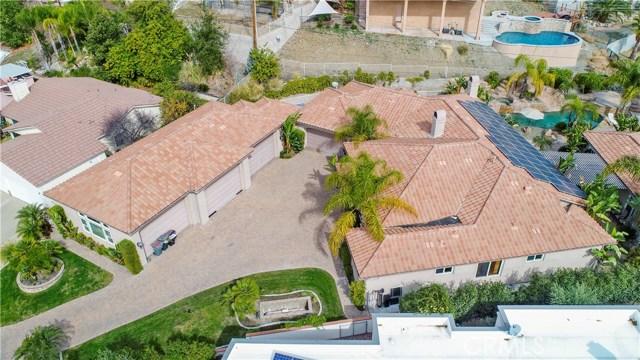 Single Family Home for Sale at 22928 San Joaquin Dr E Canyon Lake, California 92587 United States