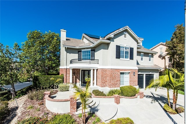 Single Family Home for Sale at 23757 Ridgeway Mission Viejo, California 92692 United States