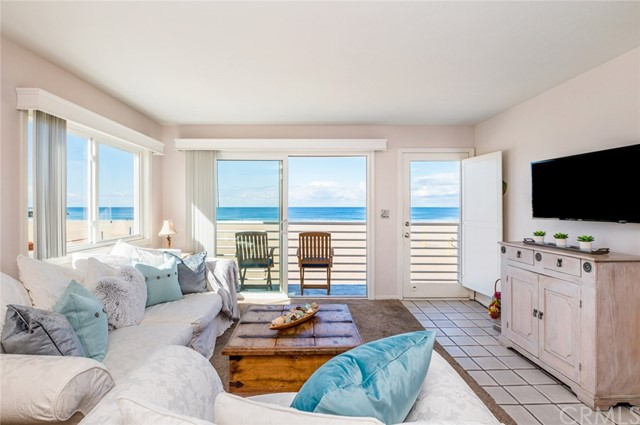 72 The Strand 4 Hermosa Beach CA 90254