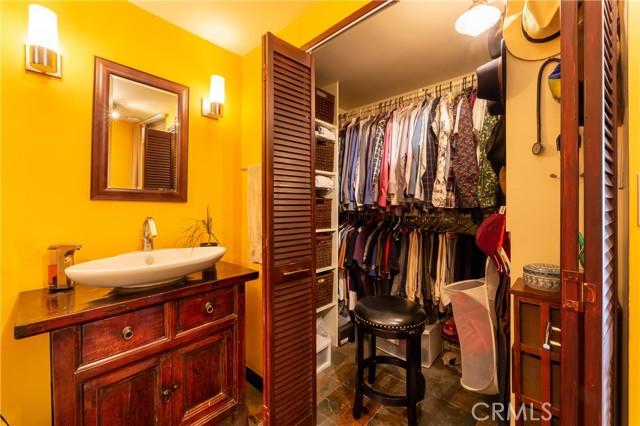 700 E Ocean Boulevard, Long Beach CA: http://media.crmls.org/medias/c5641cf9-b42d-4e81-ab64-787b4c997ec0.jpg