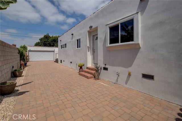 3547 West Boulevard, Los Angeles CA: http://media.crmls.org/medias/c565435c-0c40-4a9d-a80e-d116a31a6dcb.jpg