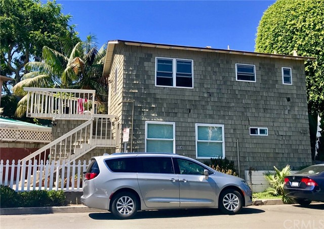 254 Cypress Drive, Laguna Beach CA: http://media.crmls.org/medias/c569c30e-0f35-45d0-922b-17bf4c9ed1f4.jpg