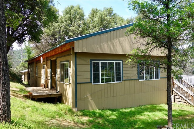 Single Family for Sale at 5011 Oak Road Midpines, California 95345 United States