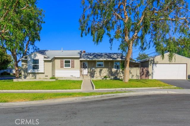 Single Family Home for Sale at 2011 Tamy Lane Santa Ana, California 92706 United States